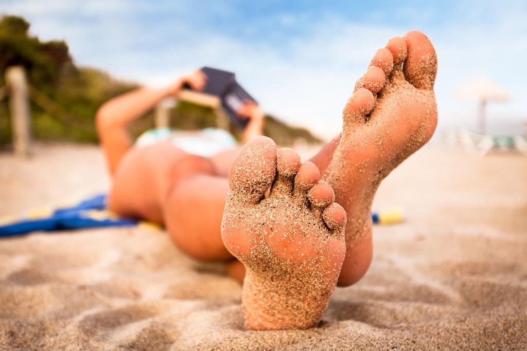 pieds féminins