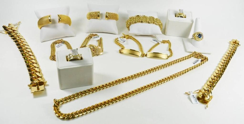 bijoux pour cadeau