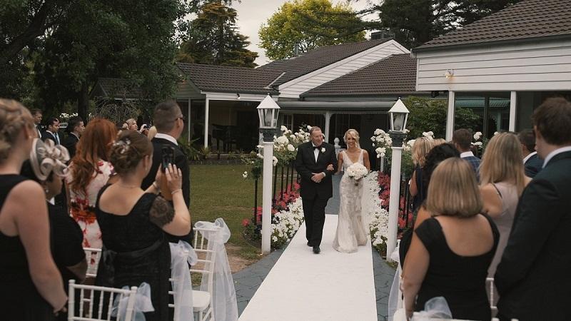 wedding_couple_groom_bride_love_big_day_melbourne-736338.jpg!d